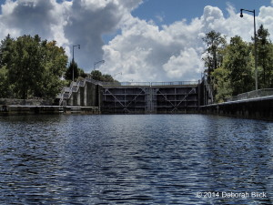 The derelict Eureka Dam